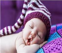 المشكلات الصحية الناتجة عن نوم الأطفال وأفواههم مفتوحة