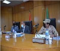 محافظ المنيا يتابع نسب تنفيذ المشروع القومي لتطوير الريف المصري