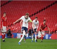 الشوط الأول.. إنجلترا تتقدم على بولندا بهدف «هاري كين»| فيديو