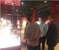رئيس هيئة تنشيط السياحة يزور متحف الغردقة.. صور