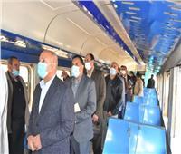 وزير النقل يتفقد أعمال تطوير محطة طنطا ويلتقي مجموعة من العاملين