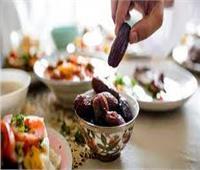 نصائح مهمة للصائمين في الفطار وقبل السحور