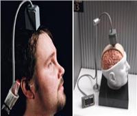 ابتكار أول جهاز يتيح للمصابين بالشلل استخدام الحاسوب بعقولهم | صور