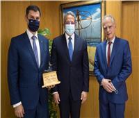 وزير السياحة يلتقي نظيره اليوناني خلال زيارته لحضور موكب المومياوات