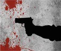 يقتل 3 اعتقادًا منه بأنهم وراء الإبلاغ عنه بسرقة سيارة في قنا