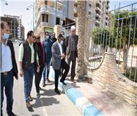 محافظ مطروح يتفقد مشروعات تطوير الشوارع والميادين استعدادا للصيف