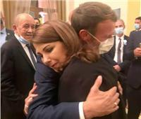 ماجدة الرومي تكشف كواليس الصورة الشهيرة مع الرئيس الفرنسي