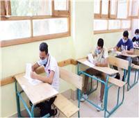 «التعليم» تتراجع وتخفف الضغوط على طلاب الثانوية