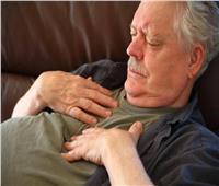 أسباب وأعراض حدوث «ضيق التنفس» أثناء النوم