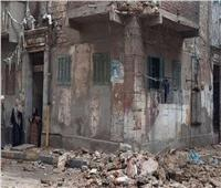 تقرير اللجنة الهندسية بانهيار عقار السيدة زينب: قديم وله قرارإزالة