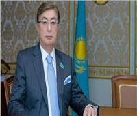 رئيس كازاخستان يتلقى لقاح «سبوتنيك V»