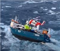 «لحظات رعب» داخل سفينة هولندية في سواحل النرويج| فيديو