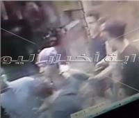فيديو   شاب يتحرش بطفلة بمدخل عقار بالزاوية الحمراء