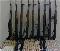 ضبط مخدرات وسلاح بحوزة 50شخصًا بالجيزة
