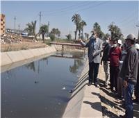 محافظ أسيوط يتفقد أعمال تبطين بعض الترع بقرية «بني غالب»
