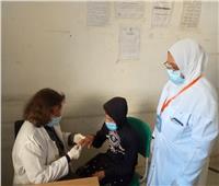 الكشف على 1398 مريضًا خلال قافلة طبية مجانية بالبحيرة