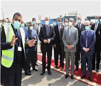 وزير الطيران يتفقد أحدث معدات المصرية لخدمات الطيران بمطار القاهرة.. صور