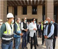 وزير التعليم العالي يتفقد مبنى وزارته بالعاصمة الإدارية الجديدة