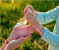 احترس.. «چيل تعقيم اليدين» غير آمن يسبب الصداع والعمى