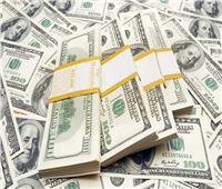 انخفاض سعر الدولار مقابل الجنيه المصري في البنوك خلال أبريل