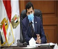 وزير الرياضة يتفقد نادي الزهور بالتجمع الخامس