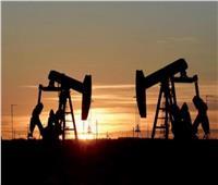 انخفاض أسعار النفط العالمية بعد زيادة الإمدادات من كبار المنتجين