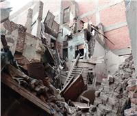 استخراج 5 أفراد من أنقاض منزلين بحي غرب أسيوط