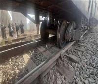 نيابة المنيا تعاين موقع حادث اصطدام قطار بمزلقان ماقوسة
