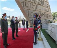 بالصور| الرئيس التونسي يزور قبري الرئيسان الراحلان عبدالناصر والسادات