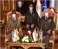 الفريق محمد فريد يلتقي رئيس قوات الدفاع الوطني البوروندي |صور وفيديو