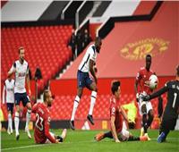الشوط الأول| توتنهام يتقدم بهدف على مانشستر يونايتد في «البريميرليج»