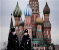 روسيا ترصد تراجعًا طفيفًا في الإصابات اليومية بفيروس كورونا