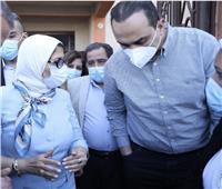 وزيرة الصحة ورئيس هيئة الرعاية الصحية في جولة ميدانية بالأقصر وأسوان