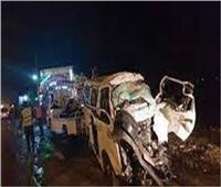 مصرع شخص وإصابة ١٢ في حادث انقلاب سيارة ميكروباص على «صحراوي» أسيوط