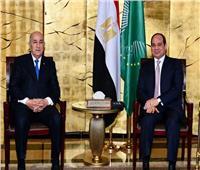 الرئيس يهنئ نظيره الجزائري بحلول شهر رمضان
