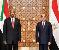 السيسي يهنئ رئيس مجلس السيادة الانتقالي السوداني بحلول شهر رمضان