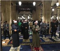 صلاة التراويح في أولى ليالي رمضان من الجامع الأزهر   صور
