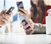 هل الإفراط في استخدام الهواتف الذكية يزيد من خطرالإصابة بسرطان القولون؟