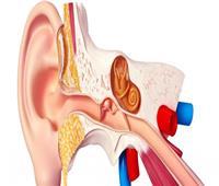 ما هي أعراض ثقب طبلة الأذن؟