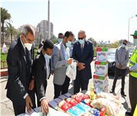 صور وفيديو| قوافل «تحيا مصر» تدعم الأسر الأولى بالرعاية في قنا