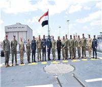 قائد القوات البحرية يلتقى نظيره الأمريكي وقائد الأسطول الخامس