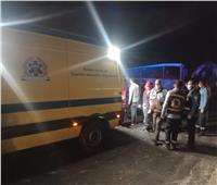 «صحة أسيوط»: 20 حالة وفاة إثر تصادم أتوبيس بسيارة «أسمنتية» بالطريق الصحراوي