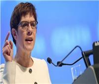 وزيرة الدفاع الألمانية تتهم روسيا بـ «الاستفزاز» بشأن أوكرانيا