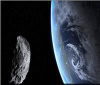 «قريب بشكل استثنائي» .. كويكب بطول حافلة مر قرب الأرض