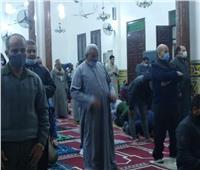 تطبيق الإجراءات الاحترازية في صلاة التراويح بمساجد المنوفية   صور