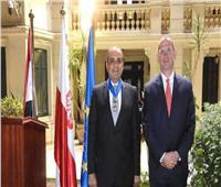 الرئاسة البولندية تمنح السفير حسام القاويش وسام الاستحقاق برتبة قائد