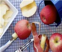 ٥ فوائد لقشر التفاح للبشرة.. تعرفي عليها