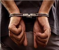 القبض على سائق«توك توك» يسير على قضبان السكة الحديدية