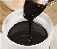 أضرار وفوائد تناول العسل الأسود