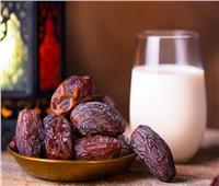 استشاري تغذية يقدم روشتة للتعامل مع زيادة الوزن في رمضان